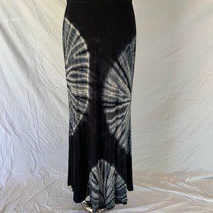 Lapis Black Tie Die Maxi Skirt